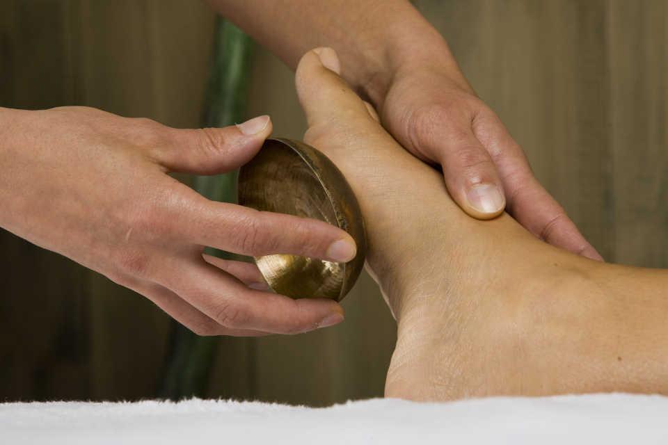 Séance de Massage relaxant sonore avec Bols Tibétains au Centre Yoga Elise-ma à Vidauban, Var (83)